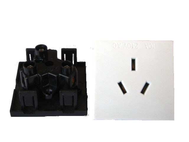 Australia Square Electric Power Sockets Wall Power Outlet with 3 Pin Plastic Jack